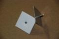 Öntapadó rögzítőszeg (tüske) tárcsával L =  25 mm